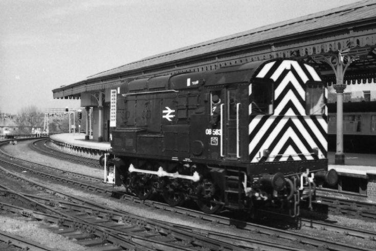 Class 08 shunter 08583