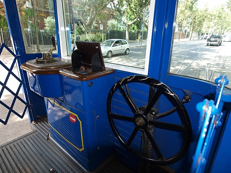 Barcelona Tramvia Blau steering