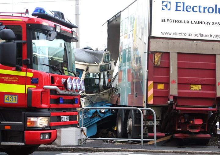 Tram meets truck - 2