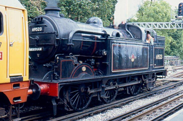 Steam locomotive 69523