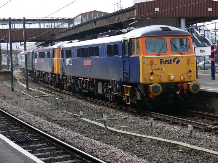 87022 and 87028 at York