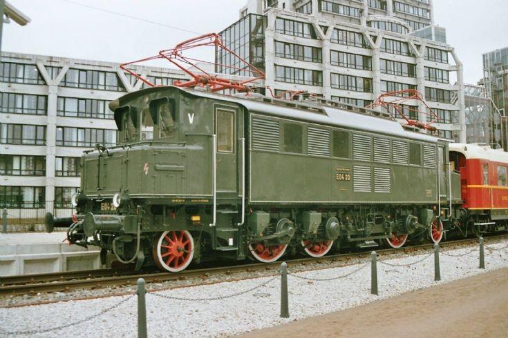 E94 20